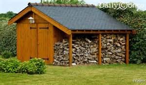 construire un abri de jardin en bois pvc ou m 233 tal