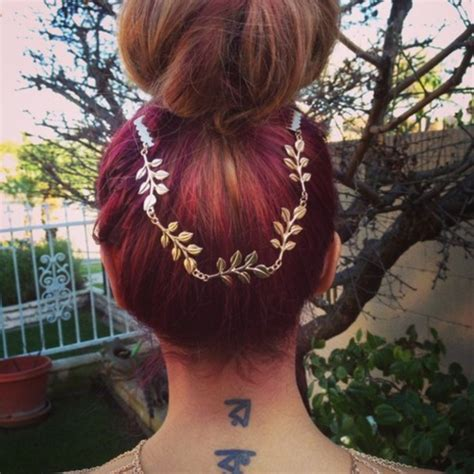 prom hairstyles with hewels jewels hair chain gold hair chain gold gold chain