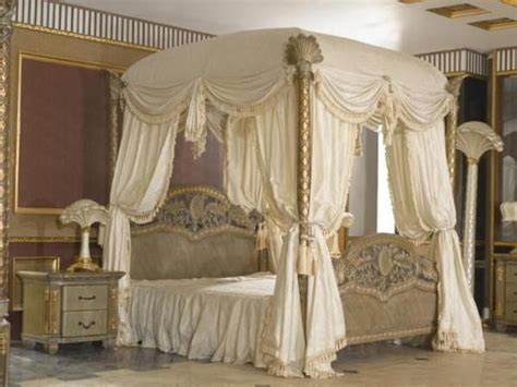 beds with curtains best 25 canopy bed drapes ideas on pinterest bed