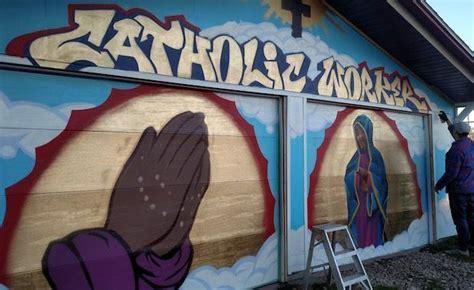 tiny house community celebrates 1 year anniversary iowa city catholic worker celebrates one year anniversary