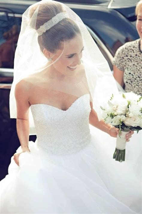 Bridal Bun Hairstyles With Veil by 25 Best Ideas About Black Wedding Hair On