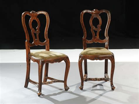 sedie antiquariato coppia di sedie in noce veneto xviii secolo