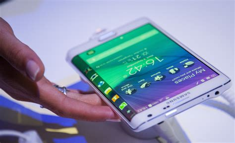 New Samsung Note 4 Pxxda Logo samsung unveils galaxy note 4 galaxy note edge phones