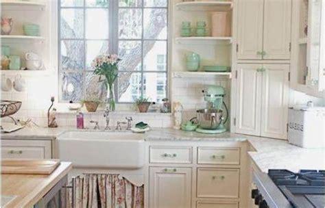 english cottage kitchen cabinets economical small cottage small english cottage style kitchens kitchen ideas stone