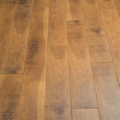 10mm Laminate Flooring by Balento Vintage Buzzcut Oak 10mm Laminate Flooring