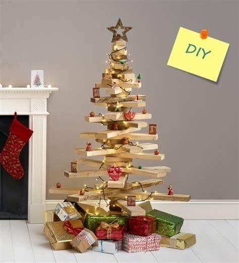 arbol de navidad de madera diy decoraci 243 n 225 rbol de navidad original con listones de