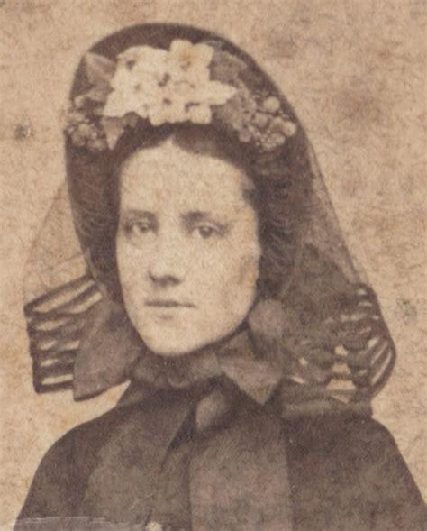 civil war era ladies hairstyles 215 best images about 1860 s bonnets hats on pinterest