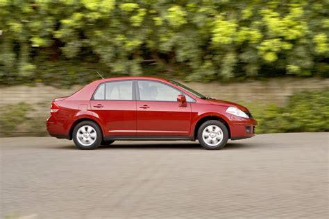 old nissan versa carscoop new cars classics cars 2011 nissan versa sedan