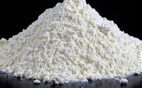 alimentazione bovini da latte corretta somministrazione latte in polvere comazoo
