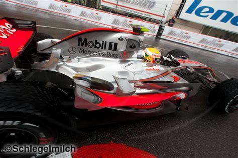 Kaos F1 Lewis Hamilton 5 f1journal hamiltonmania