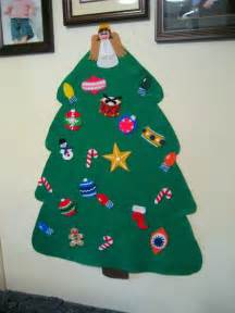 you have to see felt christmas tree on craftsy