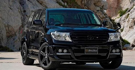 Modified Cars and Trucks: Black Land Cruiser V8 Modified