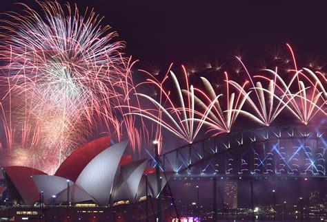 new year traditions in australia 2016 caalamka oo laga xusay dhalashada sanadka cusub