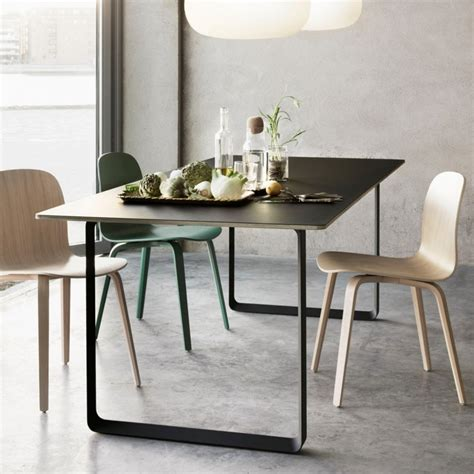 Muuto Table L by 70 70 Table