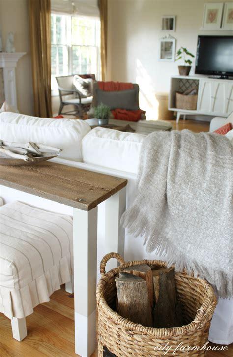 The Easiest Diy Reclaimed Wood Sofa Table City Farmhouse Styling A Sofa Table