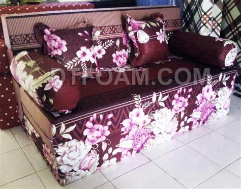 Kasur Bed Tahun sofa bed kasur busa lipat inoac mawar merah tua dtfoam