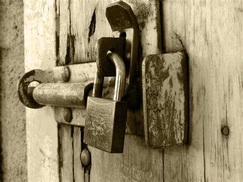 choosing the best door lock for your home loveland co