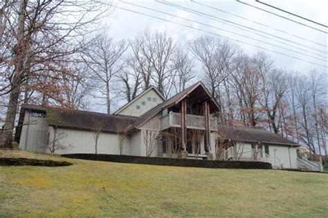 2100 southcote dr kingsport tennessee 37660 foreclosed