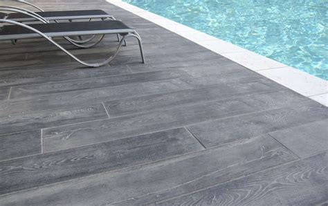 carrelage terrasse imitation bois 2342 nivrem terrasse piscine imitation bois diverses