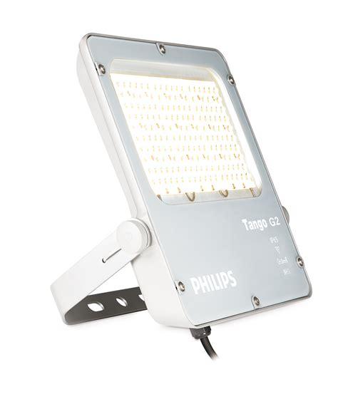 Lu Bohlam Essential Philips 8 Watt g2 led area and recreational floodlighting philips lighting