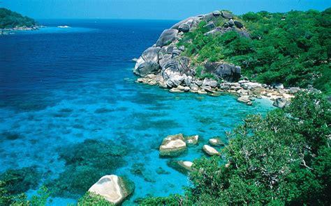 andaman sea thailand diving spot  phuket liveaboards