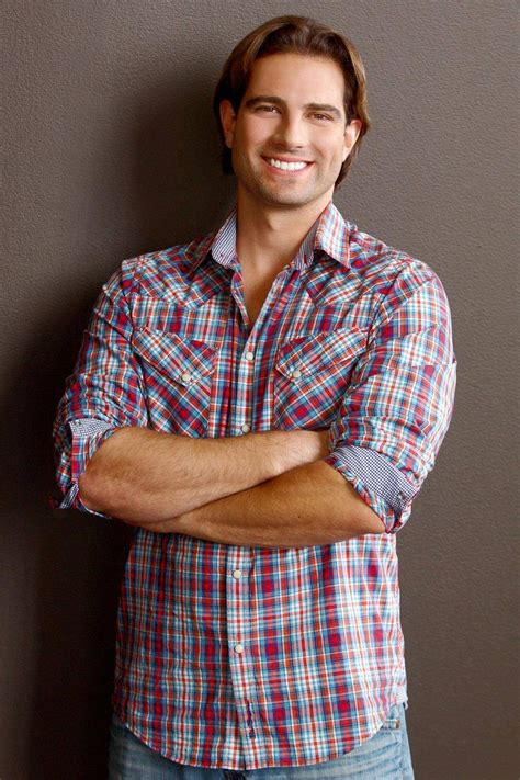 scott mcgillivray how scott mcgillivray stays fit on and off the set of