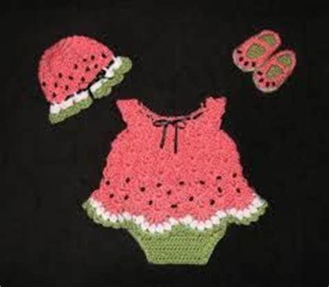 imagenes de sintillos para recien nacidos tejidos a crochet vestiditos a crochet para bebes recien nacidos google