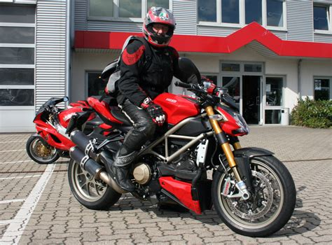 Motorrad Streetfighter Outfit by Ducati Streetfighter Seite 5 Ducati