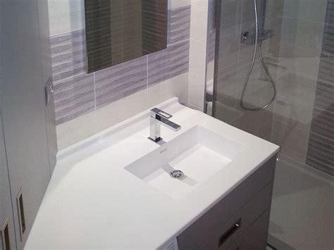 meubles salle de bain agencement vannes