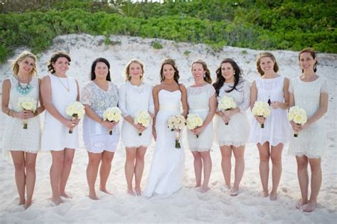 Beach bridesmaids,bridesmaids beach wedding