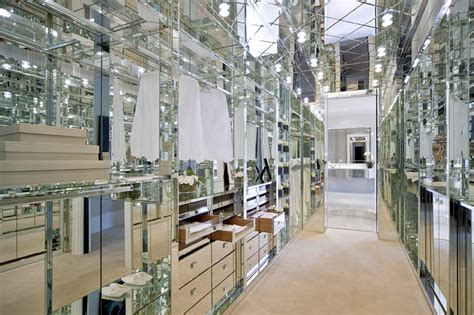 room covered in mirrors custom closets that you re dressed for success wsj