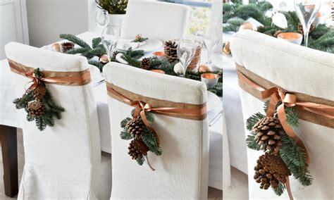 Tafel Kerstversiering Maken by De Kersttafel Dekken Voor Het Kerstdiner Sfeer In Wit Koper