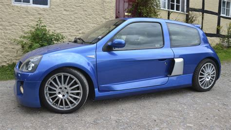 renault clio sport v6 torqautomotives com used vehicles for sale
