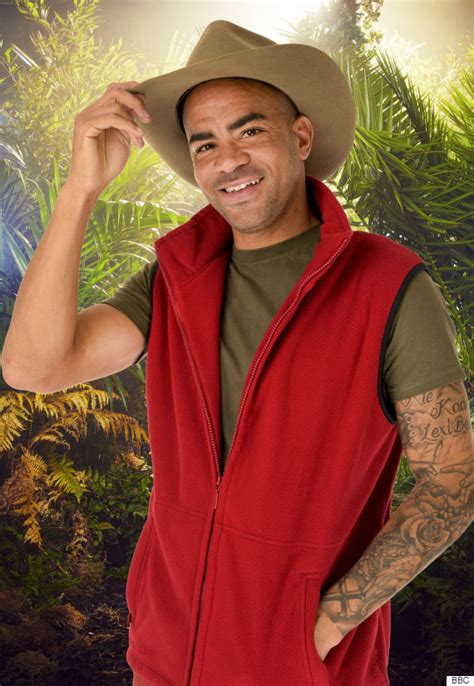 kieron dyer im a celeb i m a celebrity 2015 contestant kieron dyer donating his
