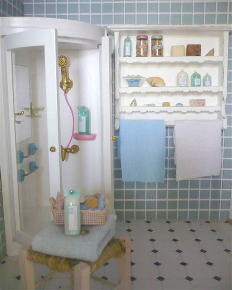 dollhouse bathroom 264 best dollhouse miniature bathroom images on pinterest