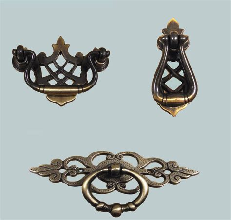 Antique Brass Drawer Pull Handles by 2 X Traditional Antique Brass Vintage Cupboard Cabinet