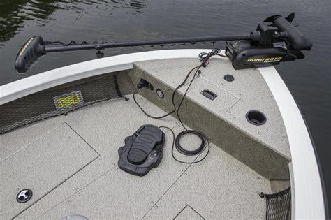 crestliner boat dealers texas 2016 new crestliner 1850 raptor sc aluminum fishing boat