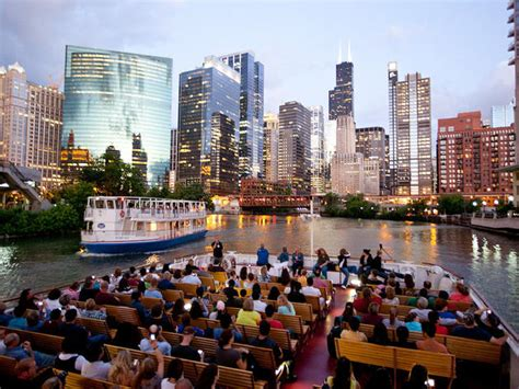 chicago boat tour map 12 of chicago s best boat tours for seeing the city