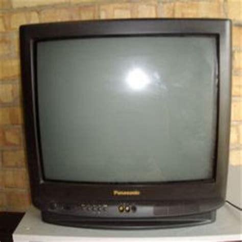 Gambar Tv Tabung suara dan gambar menganalisa kerusakan komponen pada tv tabung yang mati total
