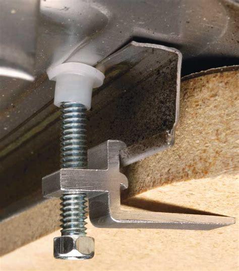 fixation robinet evier comment installer un 233 vier facilement forumbrico
