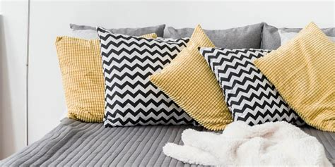 Decorative Cushions For Bedrooms Decorative Cushions For The Bedroom Australia Simply
