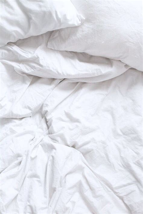 white bed sheets tumblr 100 ideas to try about w a l l p a p e r iphone 5