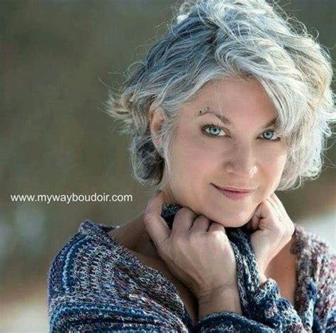 chin length grey hairstyles 1000 ideas about gray hairstyles on pinterest gray hair