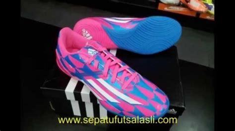 Sepatu Futsal Adidas F10 sepatu futsal adidas terbaru f10 rodriguez