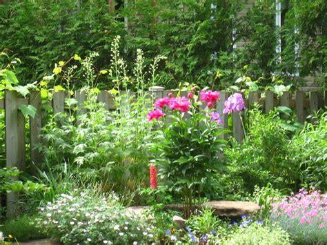 i giardini inglesi giardini inglesi crea giardino caratteristiche
