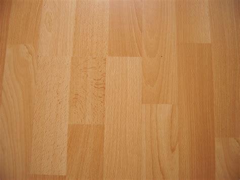laminat verlegen auf teppich laminat auf sisal teppich verlegen laminat verlegen
