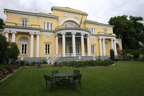 home outside file spaso house exterior jpg wikimedia commons