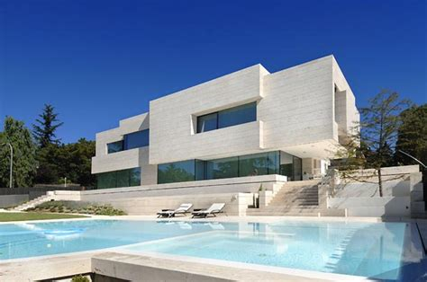amazing modern houses house that mixes the limits between art and architecture