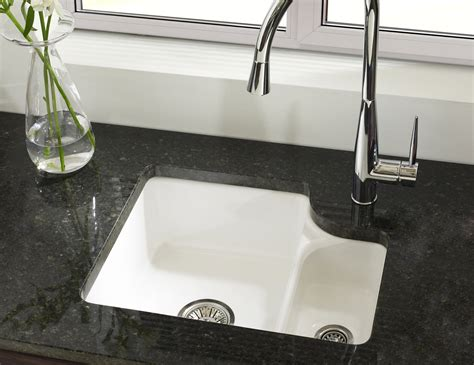 Kitchen Sink 1 5 Bowl Astracast Lincoln 1 5 Bowl Ceramic Undermount Kitchen Sink Ln15whhomeskl