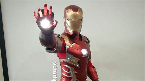 sweet iron man cosplay guy tony stark kotaku